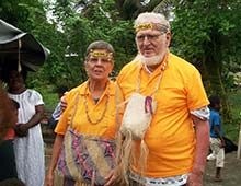 In der Südsee daheim, bei Gott zu Hause – Norman und Hilda Dietsch